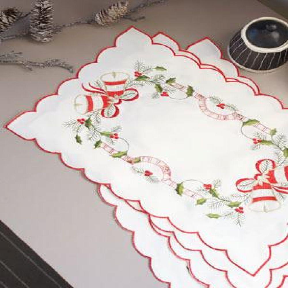 크리스마스 티 테이블 매트 4P 식탁매트 테이블웨어 식탁깔개 포인트커버 식사매트